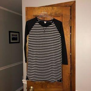 🐝🐝Merona LS Sweater Dress